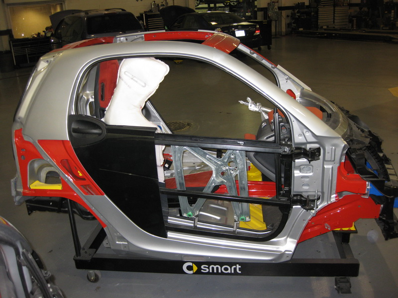 Smart Car Safety >> Smart Car S Smart Fortwo And It S Safety Cell Boron