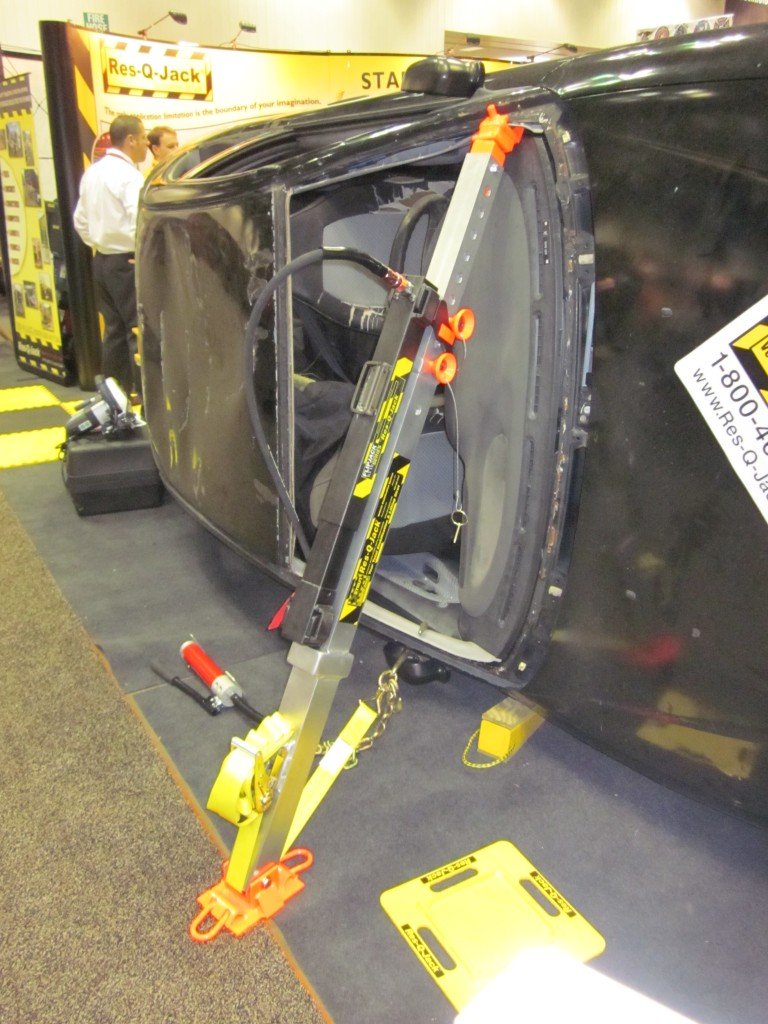The Res-Q-Jack_Space-Saver_Extrication_Strut-FDIC_2011