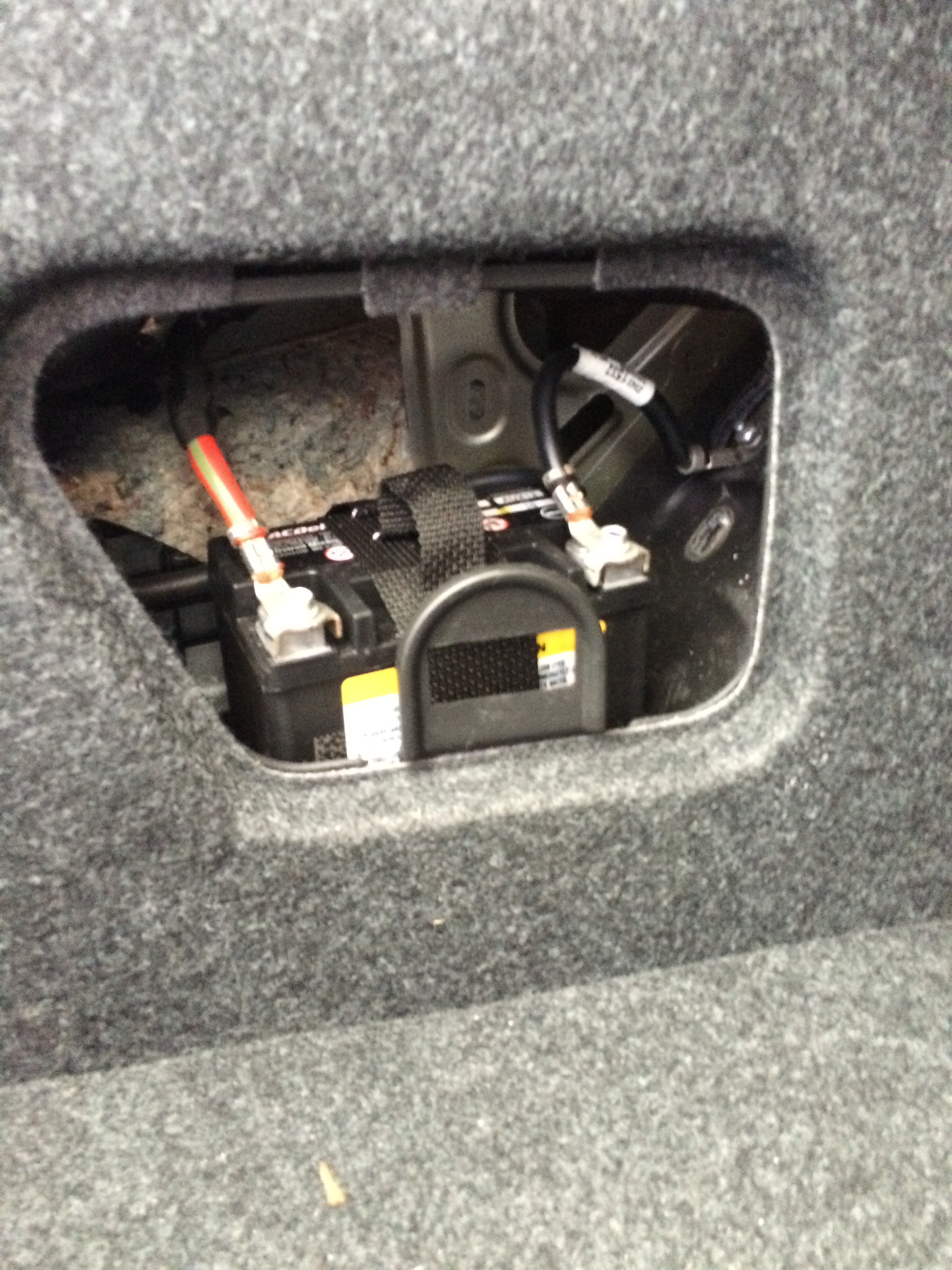 2015 chevrolet malibu auxiliary power supply boron extrication rh  boronextrication com 2014 Chevy Malibu Trunk Wiring-Diagram 2012 Chevy  Malibu Wiring ...